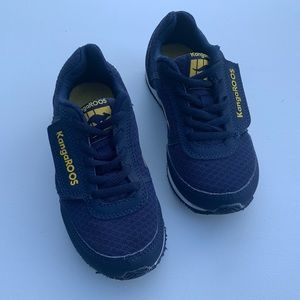 Kids Kangaroo sneakers